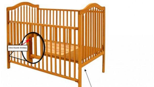 PHOTO: Stork Craft drop-down-side crib