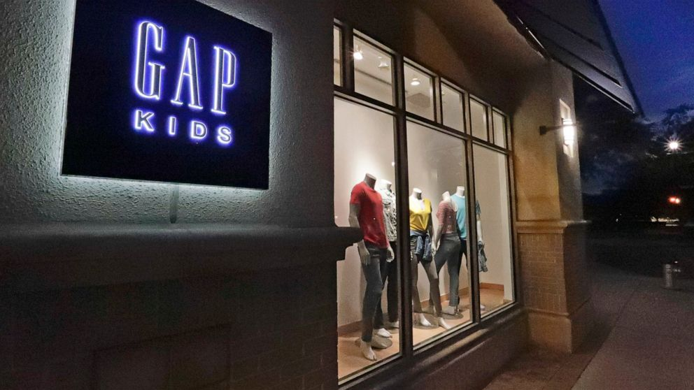 Gap Inc. exiting malls to shutter 350 stores by 2024 – ABC News