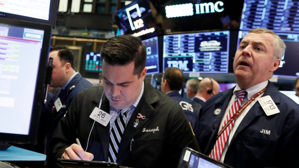 US stocks surge as US averts government shutdown