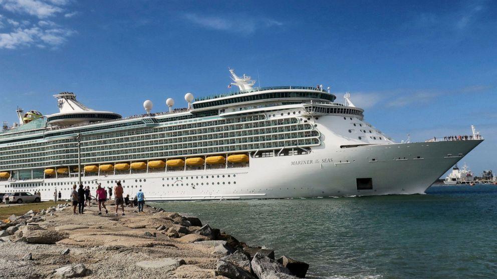 Royal Caribbean loses $1.4 billion in first quarter thumbnail