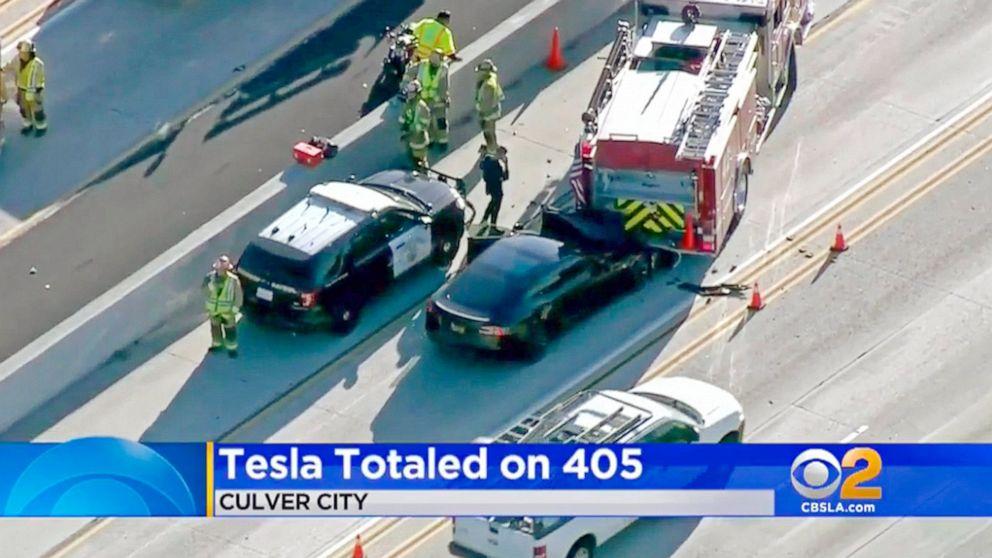 NTSB: Autopilot flaw, driver inattention caused Tesla crash