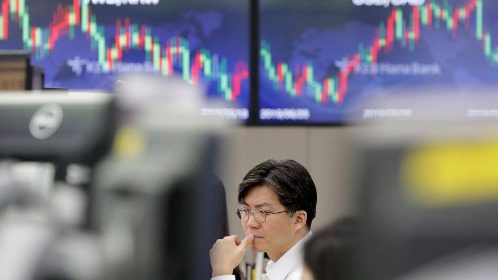 Globale Aktien rutschen als der ölpreis Anstieg
