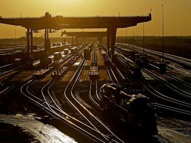 Judge says railroad talks should be included in lawsuits