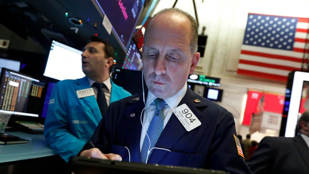 US stocks open lower as traders await clarity on trade deal thumbnail