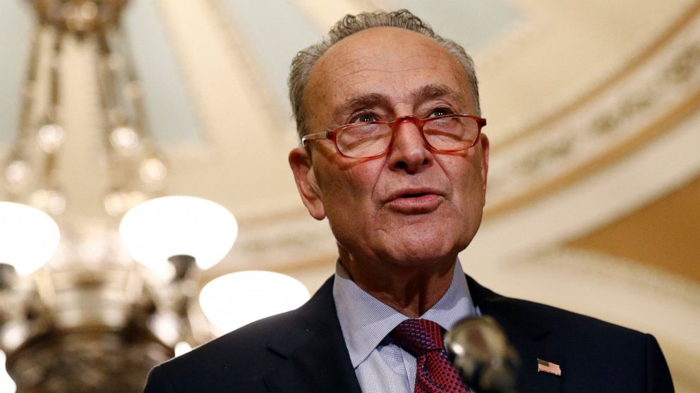 Schumer proposes $462 billion car swap - gas for electric thumbnail