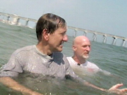 VIDEO: Florida lifeguard Bill Soltz shows Brian Ross how to swim out of a rip current.
