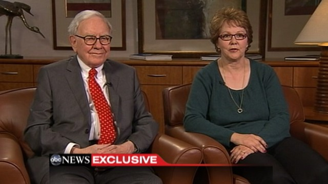 """VIDEO: Debbie Bosanek represents """"average"""" income taxes paid in Buffetts office."""