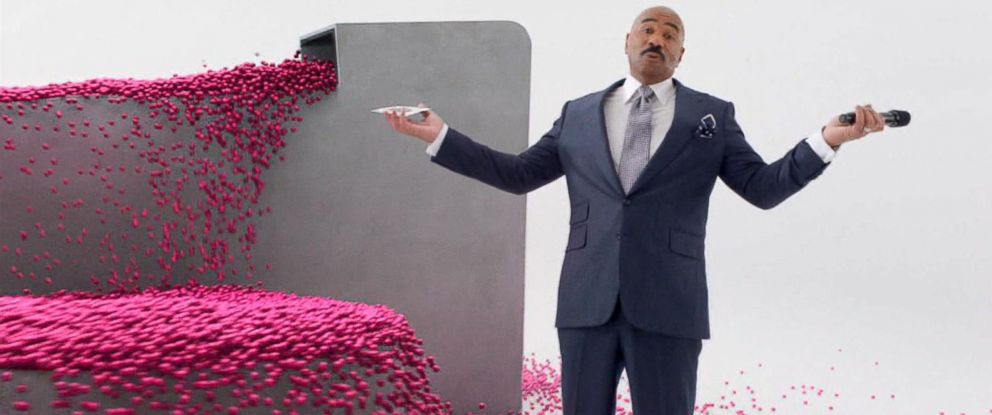 PHOTO: Super Bowl Ad: Steve Harvey Relives Miss Universe Flub in T-Mobile Ad
