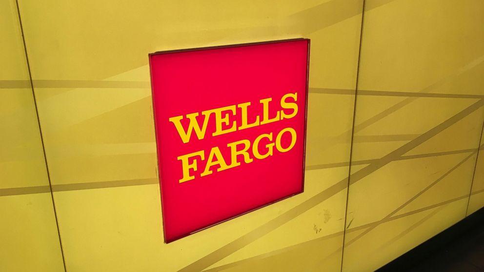 A Wells Fargo customer explains how a computer glitch cost