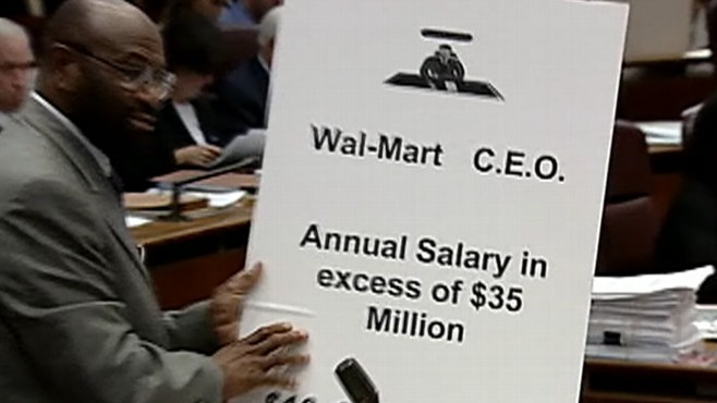 Walmart CEO Michael Duke's Pay: More in an Hour Than Workers