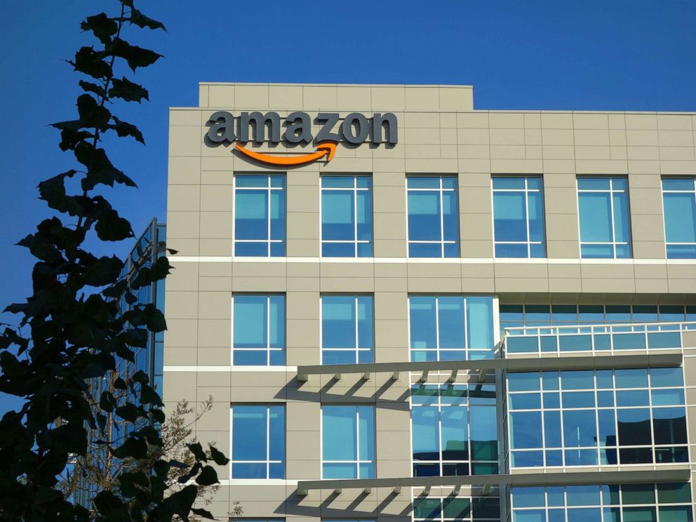 PHOTO: Amazon corporate office building in Sunnyvale, Calif.