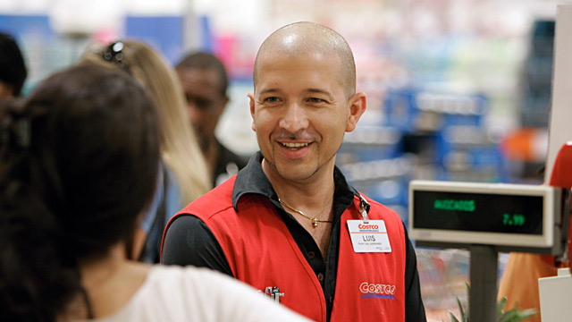 PHOTO: Costco Employee  Costco Jobs