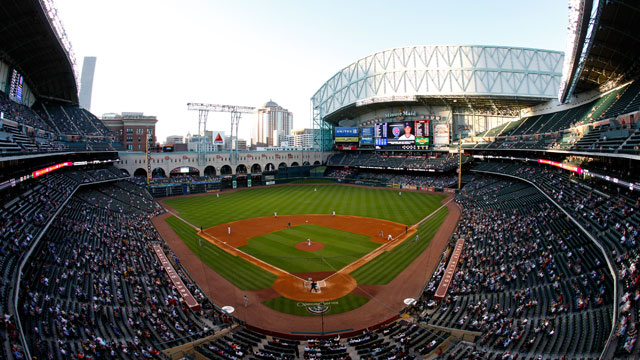 PHOTO: A general view of the field is seen as the Chicago Cubs play against the Houston Astros during an MLB baseball game at Minute Maid Park, April 11, 2011 in Houston.