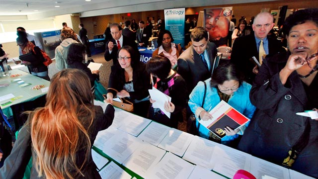 PHOTO: Job fair in Boston