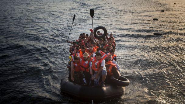 https://s.abcnews.com/images/Business/ap_refugee_02_lb_150907_16x9_608.jpg