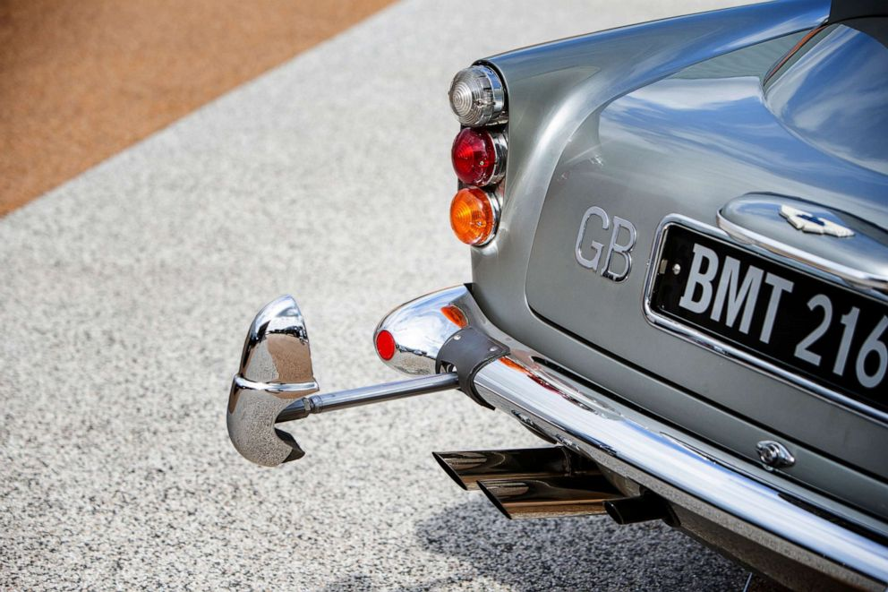 PHOTO: All 13 gadgets are fully functioning in the DB5.