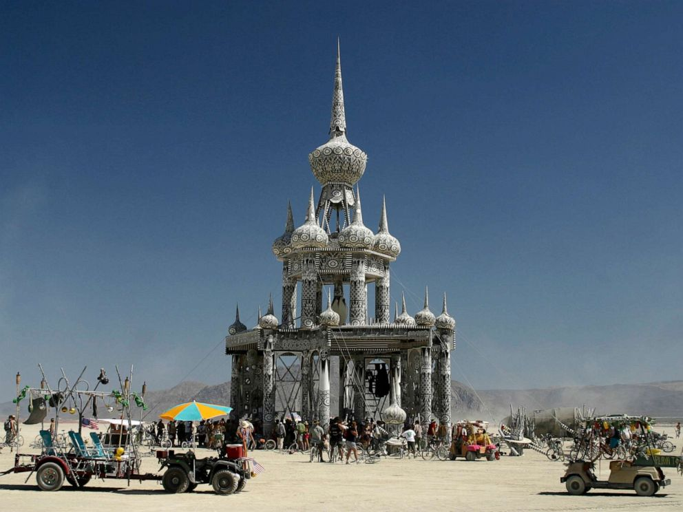 Government squaring off with Burning Man organizers over barriers