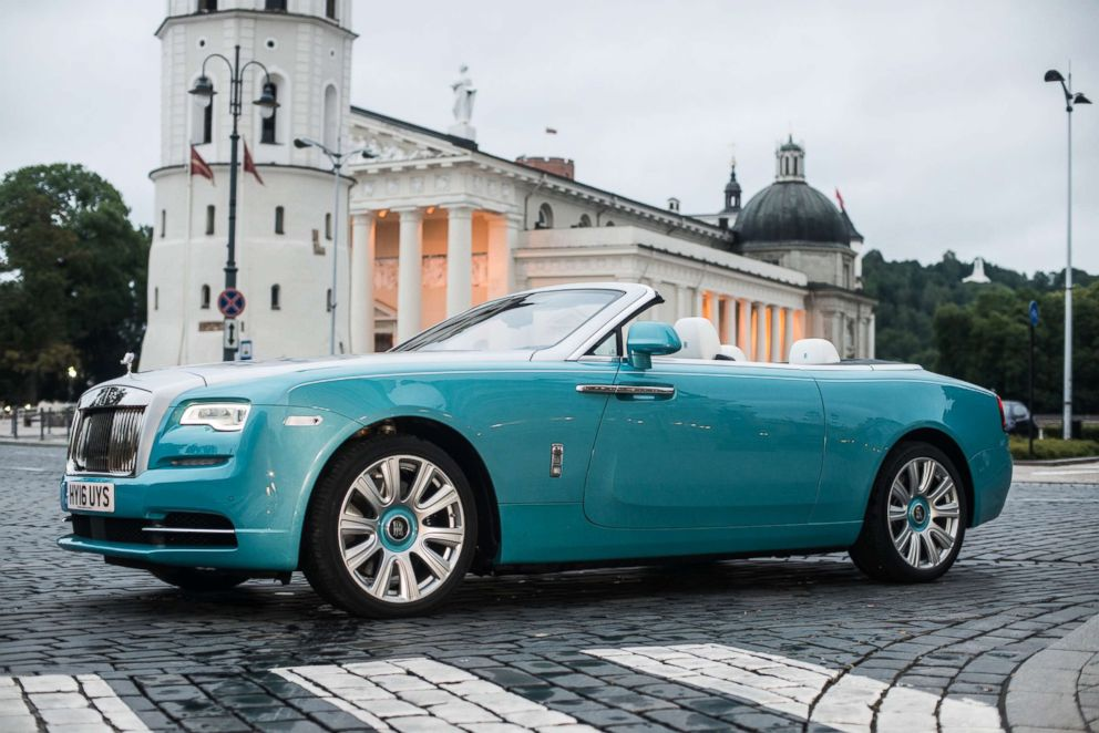 PHOTO: Rolls-Royce Dawn