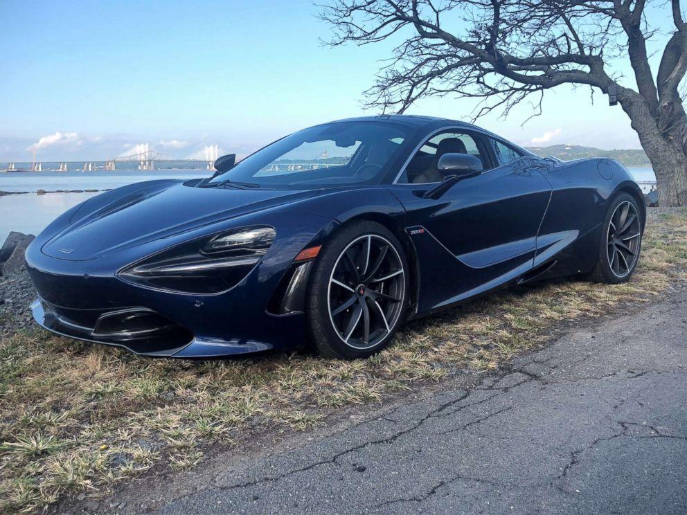 PHOTO: The McLaren 720S