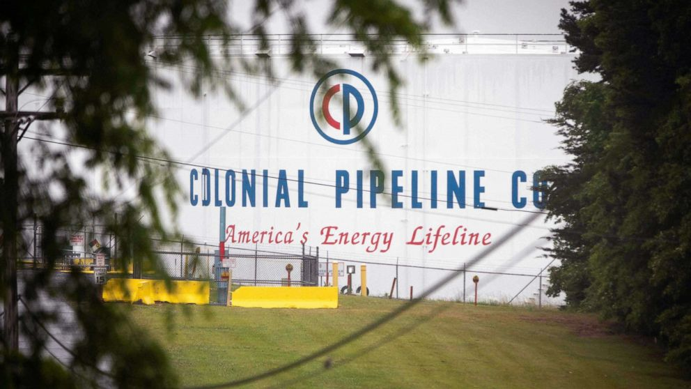 Gas hits highest price in 6 years, fuel outages persist despite Colonial Pipeline restart