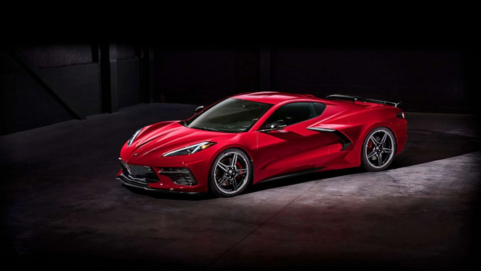 The wait is over: New mid-engine Corvette makes its debut