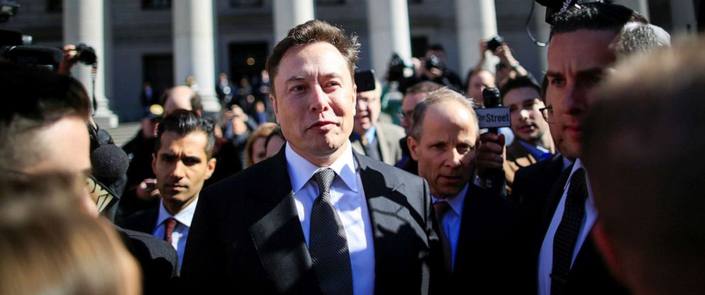 PHOTO: Tesla Inc. CEO Elon Musk exits after attending for an S.E.C. hearing at the Manhattan Federal Courthouse in New York, April 4, 2019.