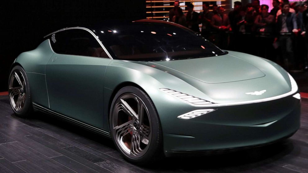 Ny Car Show >> The Hottest Car At The New York Auto Show Is A 2 Door