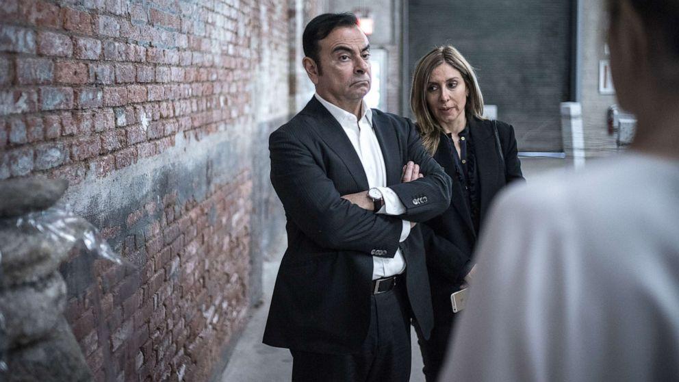 Staatsanwälte Ausgabe Haftbefehl für ehemaligen Nissan executive Frau