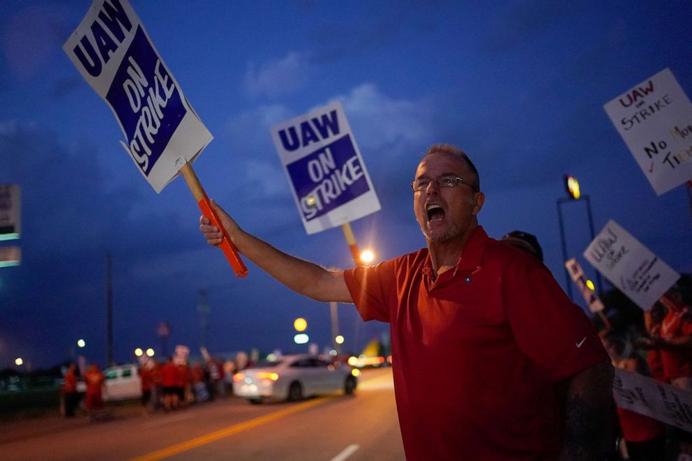PHOTO: Charlie Highlanger, 59, a GM employee shouts at passing employees entering the assembly plant during the United Auto Workers (UAW) national strike in Bowling Green, Kentucky, September 20, 2019.