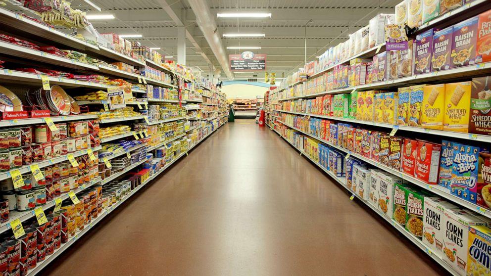grocery store rf gty ml 210610 1623327252649 hpMain 16x9 992.