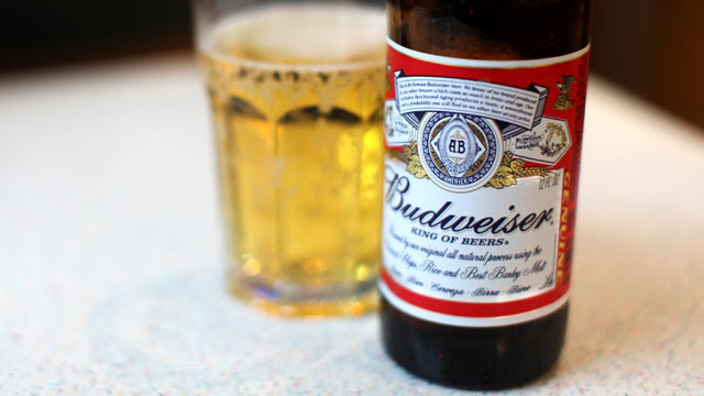 PHOTO: Beer-fans have filed suits in several states against Anheuser-Busch, claiming the company has been watering down its beers