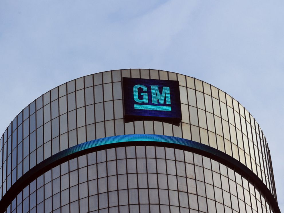 PHOTO: General Motors headquarters in the Renaissance Center are seen on Jan. 14, 2014 in Detroit as previews continue at the North American International Auto Show.