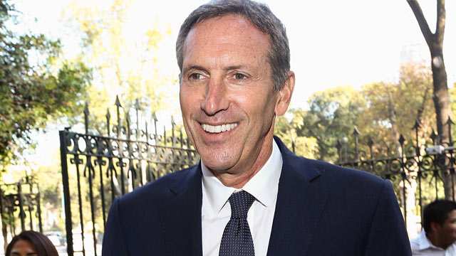 PHOTO: Starbucks CEO Howard Schultz attends a press conference during the Starbucks Mexico 10th anniversary and the opening of the new Starbucks store Bosque De Chapultepec store at Av. Paseo De La Reforma on October 15, 2012 in Mexico City, Mexico.