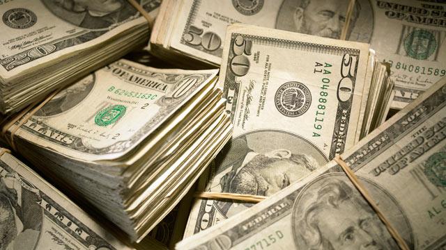 PHOTO: Investment Bonuses