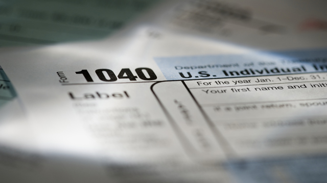 PHOTO: 1040 tax forms
