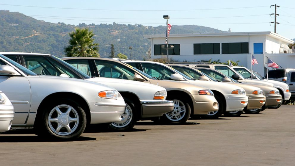 Here are some important tips for purchasing a used car.