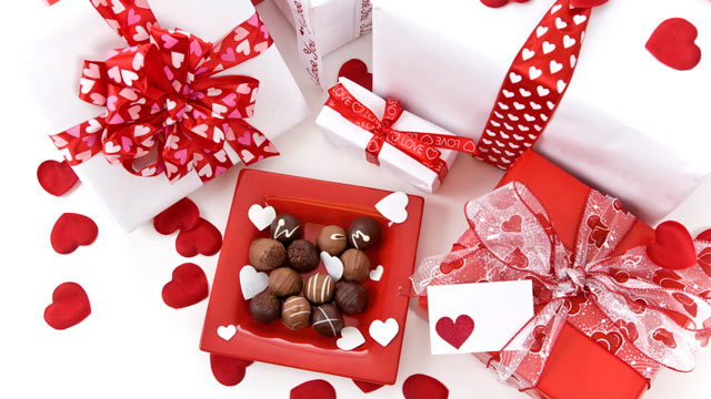 Valentine\'s Day Gift Guide For New Flings and Longtime Loves - ABC ...