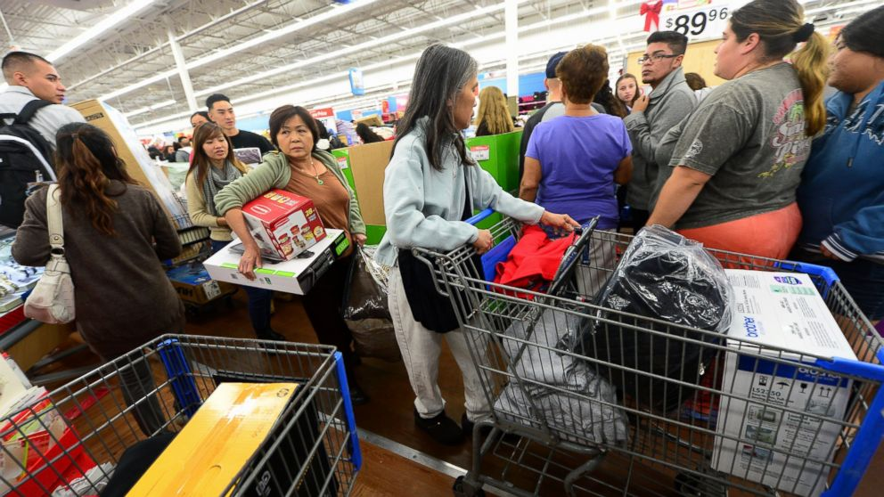 Walmart S Black Friday Thanksgiving Plans Try To Control Crowds Will They Work Abc News