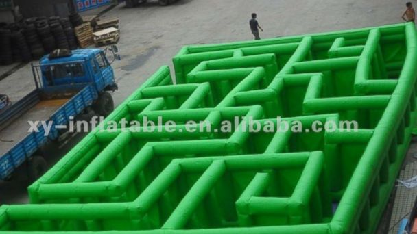 """PHOTO: """"2012 inflatable labyrinth maze"""" for sale on Alibaba.com"""
