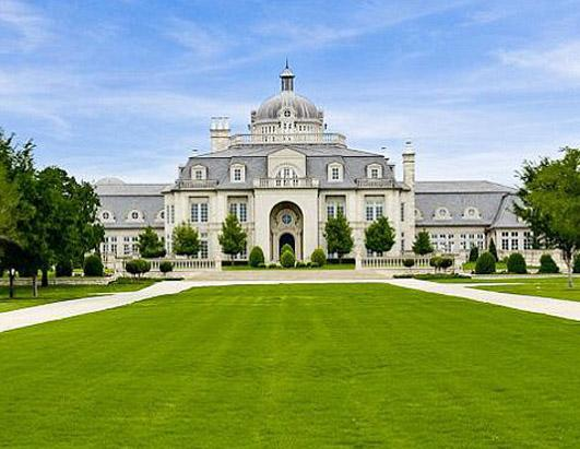 champ d or mansion for auction picture huge versailles mansion