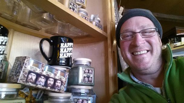 PHOTO: Duck Dynasty candles are for sale.