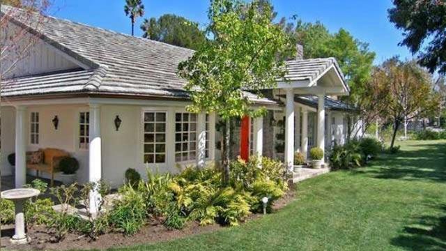 PHOTO: Jonah Hill's Tarzana home