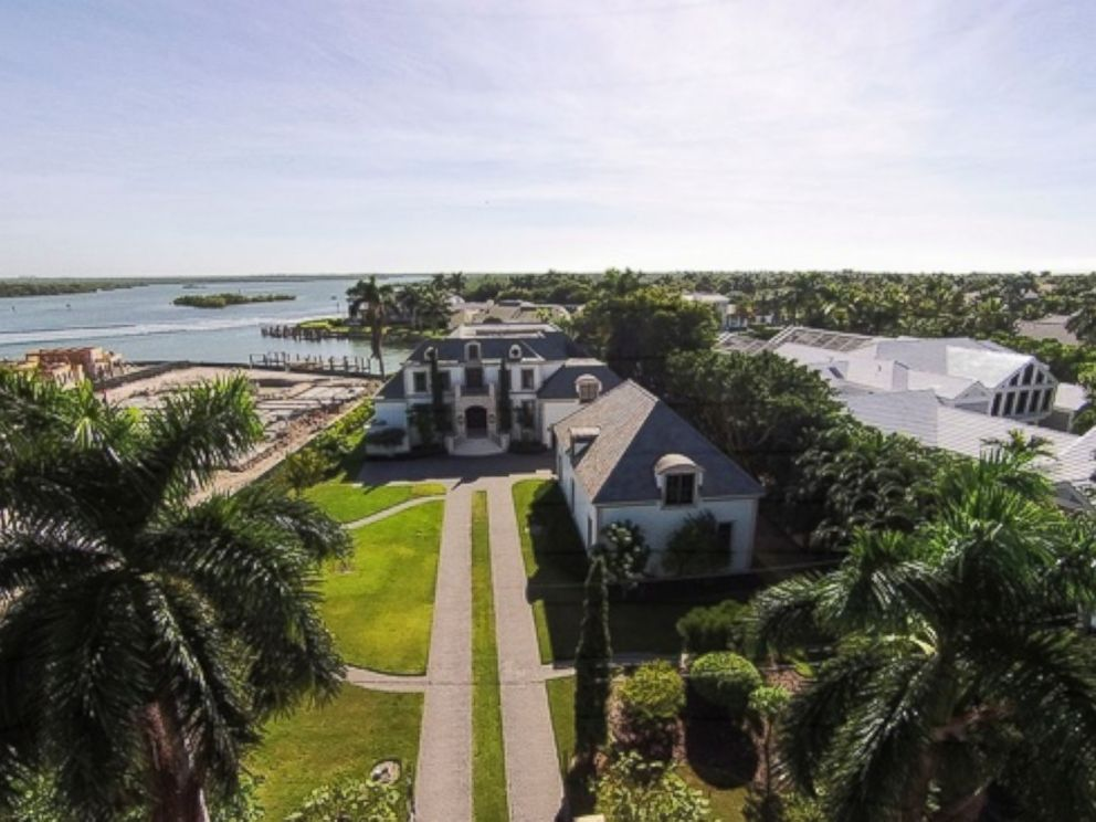 PHOTO: The median home price on Nelsons Walk in Naples, Fla. is $10.5 million.