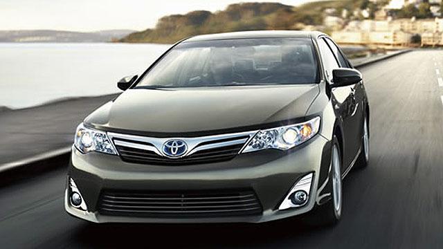 PHOTO: 2012 Toyota Camry Hybrid
