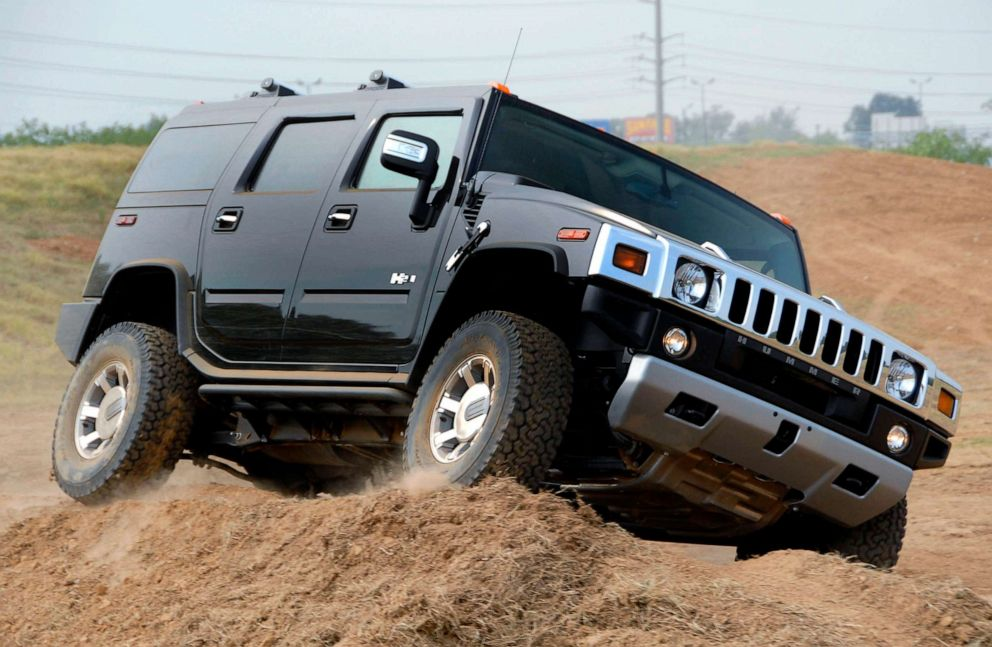 PHOTO: A Hummer H2 sport utility vehicle is driven on a test track during a General Motors 2008 model year display at the GM Collection Event, Sept. 5, 2007, in Nashville.