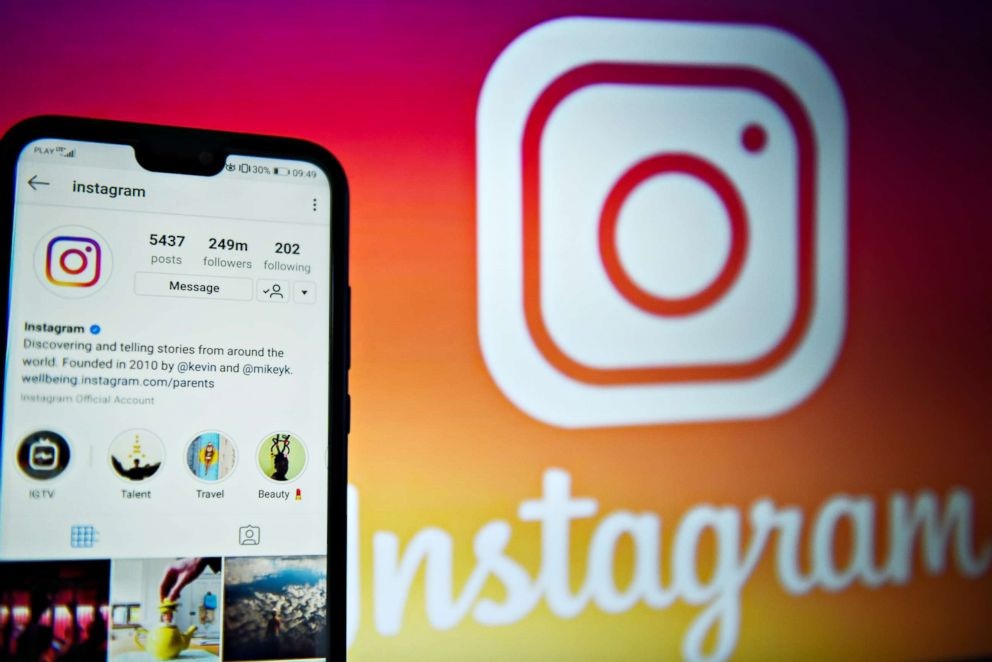 Instagram Co-Founders To Step Down