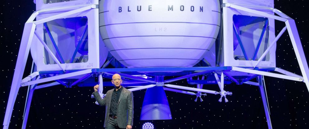 PHOTO: Amazon CEO Jeff Bezos announces Blue Moon, a lunar landing vehicle for the Moon, during a Blue Origin event in Washington, DC, May 9, 2019.