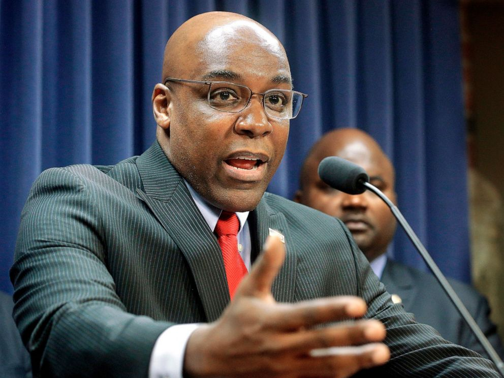 PHOTO: Kwame Raoul speaks during a news conference at the Capitol, in Springfield, Ill., Aug. 12, 2015.