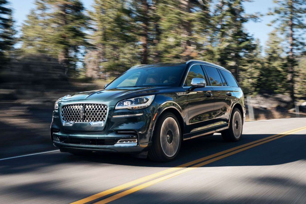 PHOTO: The 2020 Lincoln Aviator, which debuted at the L.A. Auto Show last November, has a starting price of $51,100. The 3.0-liter twin-turbo V6 engine boasts 400 horsepower.