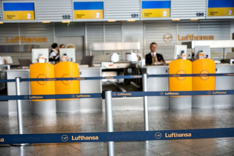 PHOTO: Check-in area in Terminal 1 at Frankfurt Airport, April 02, 2014.